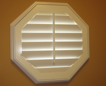Austin octagon window shutter